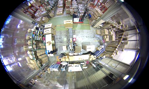 360℃マルチアングルカメラによるモニター画面の画像
